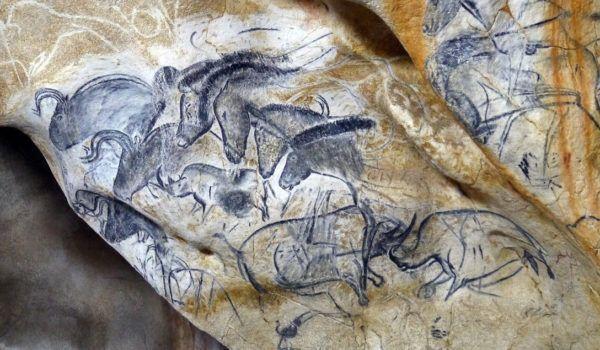 Grotte Chauvet 2 - Panneau des chevaux ©SYCPA